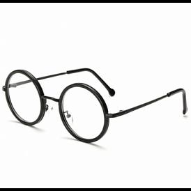 Ce lentile de contact și lentile pentru ochelari este mai bine de ales?