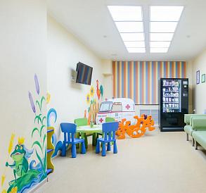 10 najboljih dječjih klinika SPb